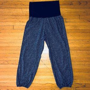 Lululemon Pants - Never Worn - Size 4